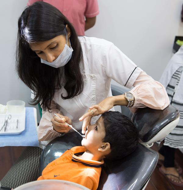 Dental doctors in mumbai- dental veeners in mumbai -Smile studio